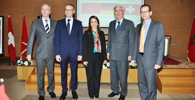 """تعاون ثلاثي الأطراف في قطاع الماء بين المغرب وألمانيا وسويسرا : التوقيع على اتفاق التمويل السويسري الألماني المشترك لبرنامج دعم التدبير المندمج للموارد المائية بالمغرب""""AGIRE"""""""