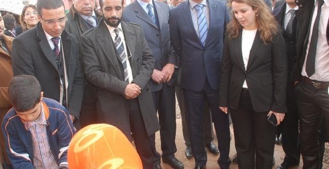 شرفات أفيلال في زيارة ميدانية بإقليم سطات في إطار التعاون المغربي الايطالي